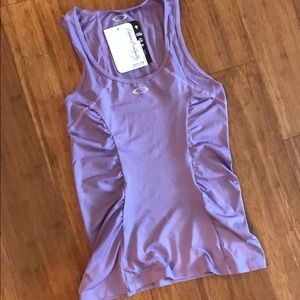 Oakley - NWT Workout Tank